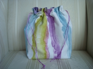 Handarbeitstasche - Projekttasche - Handarbeitskorb - Wollkorb - für kleinere Strick- Häkel- Stickarbeiten genäht von Patchwerk - Handarbeit kaufen
