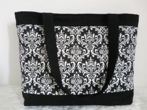 Shopper -  Schultertasche -  Einkaufstasche -  Shopping Bag -  aus Canvas mit schwarz-weiß Ornament Muster - genäht von Patchwork