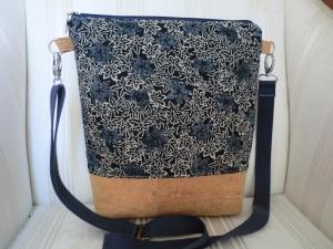 Umhängetasche - Schultertasche - Cross Body Bag -Umhängetasche aus Kork u. Japanstoff - genäht von Patchwerk