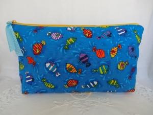 Windeltasche - Wickeltasche - bunte Fische - genäht von Patchwerk   - Handarbeit kaufen