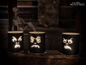 Windlicht-Bastelbogen-Set »SourKrautlings II« zum Beleuchten mit (LED)-Teelichtern - Handarbeit kaufen