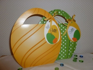 Ostern - Geschenktasche in Eiform für ein kleines Geschenk - Handarbeit kaufen