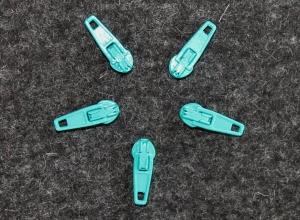 5 Schieber für Reißverschlüsse 24 mm smaragd