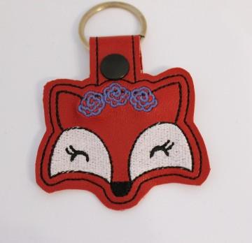 ☆Fuchs Schlüsselanhänger☆ Foxy mit Karabiner, Taschenbaumler, Geschenkidee, Kunstleder, Glücksbringer, gestickt, Personalisierbar
