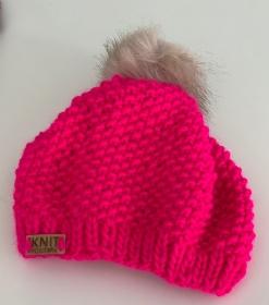Im Trend: MÄUSEKÖNIG - weiche, warme Mütze mit Fakefur-Bommel   - Handarbeit kaufen