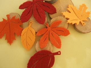 6 Herbstblätter Filz Ahorn, Kastanie...Herbstlaub