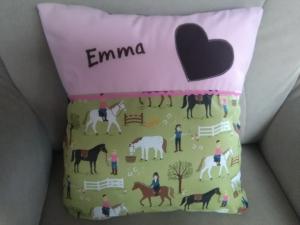 Namenskissen,   Pferde,   individueller Kissen Bezug personalisiert