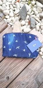 Handgenähtes Kosmetiktäschen✂Schminktäschchen maritim✂kleines Täschchen mit Reißverschluß✂weiß blau Schwalben♡Jeansstoff