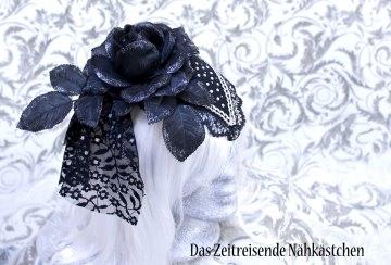 Fascinator, schwarz-silber mit Glitzersteinen, Gothic, Steampunk