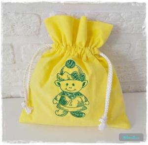 ♡ Säckchen aus Baumwolle bestickt mit einem Wichtel ♡