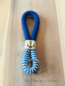 Maritimer Schlüsselanhänger aus Segelseil (