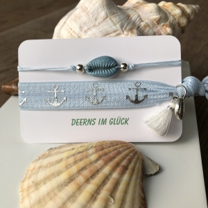 BEACH VIBES - Armbandkombination mit Kauri-Muscheln in light blue