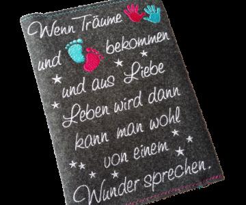 ♥♥ Mutterpasshülle aus Filz ♥♥ Wenn Träume Hände und Füße bekommen (Kopie id: 100165624)