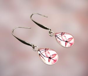 Ohrhängerpaar, erstellt in Edelstahl, Tropfenform, etwas Besonderes für besondere Menschen