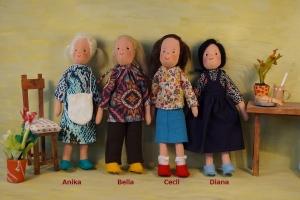 Kleine Stoffpuppe für das Puppenhaus Einzelstück ANIKA