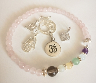 Handmade Yoga-/Chakra-Armband Rosenquarz - 1. Chakra - Wurzelchakra - aus Edelsteinen