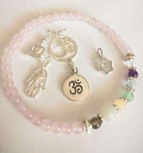Handmade Yoga-/Chakra-Armband Rosenquarz - 2. Chakra - Sakral- oder Sexualchakra - aus Edelsteinen