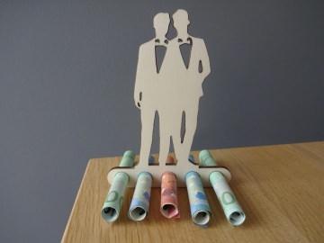 Geldgeschenk Geldhalter Hochzeit Brautpaar schwul Holz