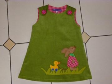 Kinderkleid *Hoppelchen* aus Cordstoff mit Applikation