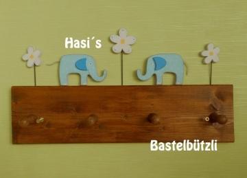 Kinder-Garderobe braun ♡ BLAUE ELEFANTEN ♡ aus Holz, Hakenleiste - Handarbeit kaufen