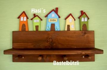 Kinder-Garderobe braun ♡ HÄUSER ♡ mit Ablage, aus Holz, Hakenleiste - Handarbeit kaufen