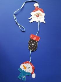handgefertigtes Fensterbild / Mobile aus Tonkarton: weihnachtliches Mobile