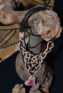 Kaija Lederkette mit keltischem Knoten und Keramikanhänger 18-029 von Allerlei