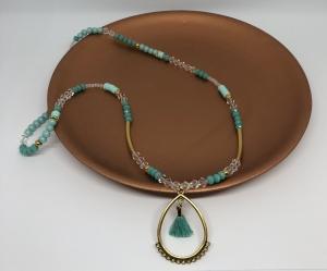 Handgemachte Halskette mit Anhänger und Quaste ♥ Türkis ♥