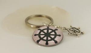 Schlüsselanhänger Maritim mit Steuerrad Motiv, Glas Cabochon mit Steuerrad Anhänger - Handarbeit kaufen