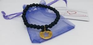 Armband aus schwarzen Acrylperlen mit einem vergoldetem Sternanhänger, Perlenarmband schwarz  - Handarbeit kaufen