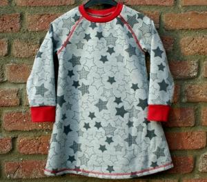 kuscheliges Sweat-Kleid STERNE  grau rot Gr. 98/104 - Handarbeit kaufen