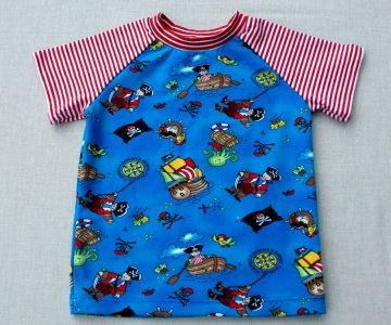 Shirt PIRATEN Kurzarm Gr.86 Baumwolle Jersey blau bunt Streifen  Einzelstück handgenäht Sommer maritim fröhlich