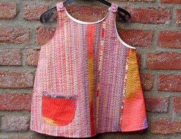 Tunika Hängerchen Mädchen SEERSUCKER  Gr. 128-134 Baumwolle rot bunt Streifen verspielt frech Tasche Sommer Set