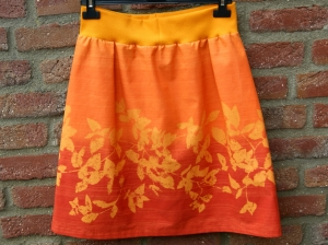 BLUMEN-Rock orange Baumwolle Gr.M Dehnbund kurz Batik Unikat Partnerlook Sommer