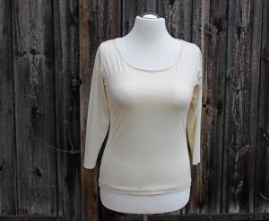 Shirt mit Medi-C-Ausschnitt und 3/4 Arm  - Handarbeit kaufen
