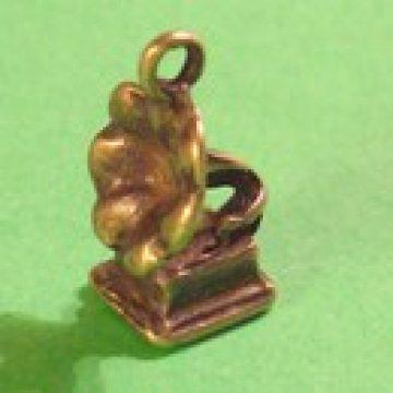 Anhänger Grammophon bronzefarben
