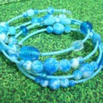 Armreif, romantisches Spiralarmband blau-hellblau