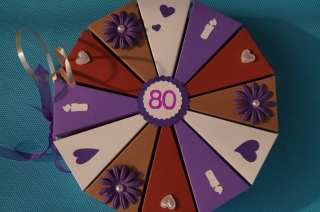 Geschenkverpackung  aus 300g Tonpapier  zum 80.Geburtstag , 63 Tolle Torte zum Geburtstag