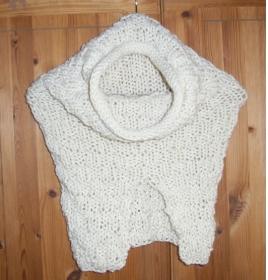 Snood Schlauchschal Cowl gestrickt cremefarben  Handmade handgestrickt Knit