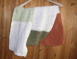 Strickschal  im Perlmuster 150 cm lang gestrickt bunt Knit Handmade handgestrickt