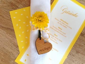 Gastgeschenk HochzeitTischkarte Holzherz mit Gravur