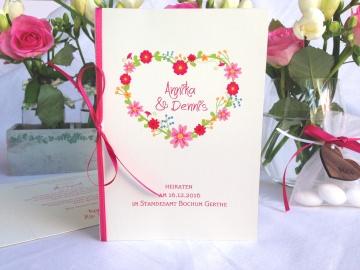 Hochzeitseinladung Blumenherz