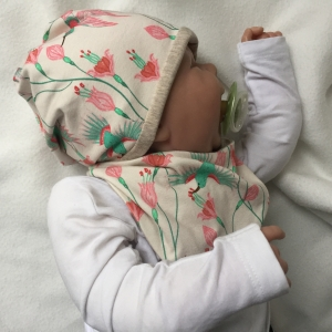 Neugeborenen Set 2 Teile  * KOLIBRI * Halstuch u. Mütze für Baby Mädchen
