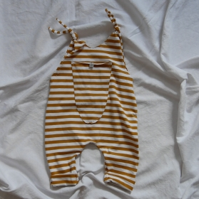 Baby Kind Overall Jumper Romper  aus Baumwolljersey SENFGELB vom zimtbienchen für Jungen und Mädchen - Handarbeit kaufen