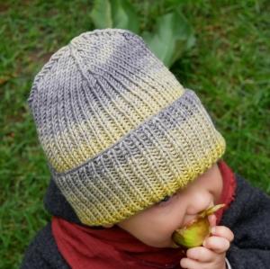 Hipster Beanie aus Farbverlaufswolle für Baby und Kind Mütze von zimtbienchen verschiedene Größen  - Handarbeit kaufen
