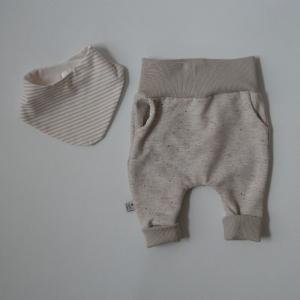 KONFETTI Neugeborenenset  2-teilig  Wendehalstuch Pumphose für Baby GRöße 56 von zimtbienchen  - Handarbeit kaufen