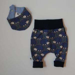 Neugeborenenset IGEL 2-teilig  Wendehalstuch Pumphose für Baby GRöße 56 - 62 von zimtbienchen   - Handarbeit kaufen