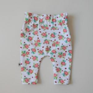 Paperbag Höschen Modell BLÜMCHENvom zimtbienchen Höschen Baby / Kind kaufen   - Handarbeit kaufen