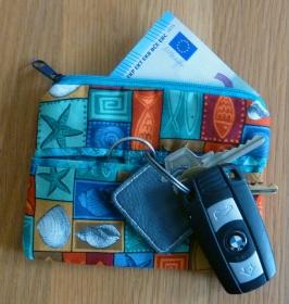 ♡ praktischer Schlüsselanhänger mit kleiner Reißverschlusstasche  - Handarbeit kaufen