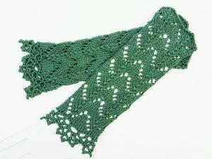 Armstulpen schilfgrün Baumwolle handgestrickt Lochmuster filigran - Handarbeit kaufen